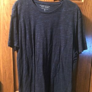 MENS XL BANANA REPUBLIC CREW NECK T-SHIRT